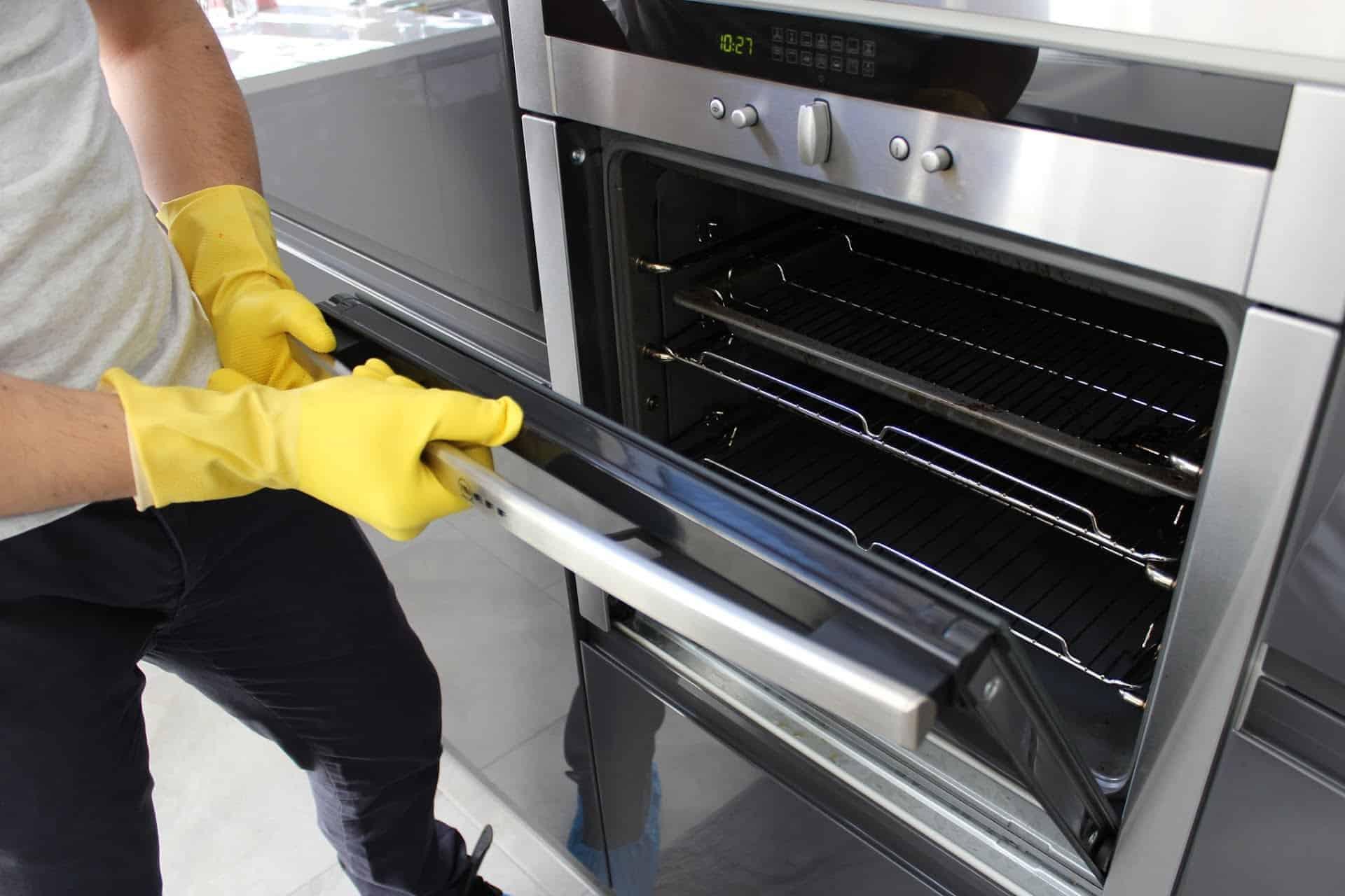 limpiar un horno